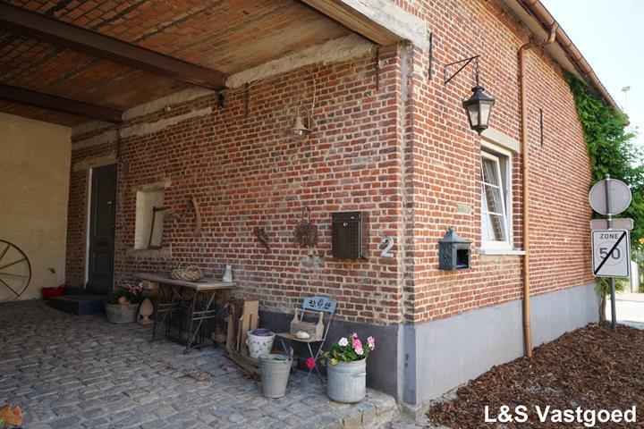 huis te Sint-Pieters-Leeuw